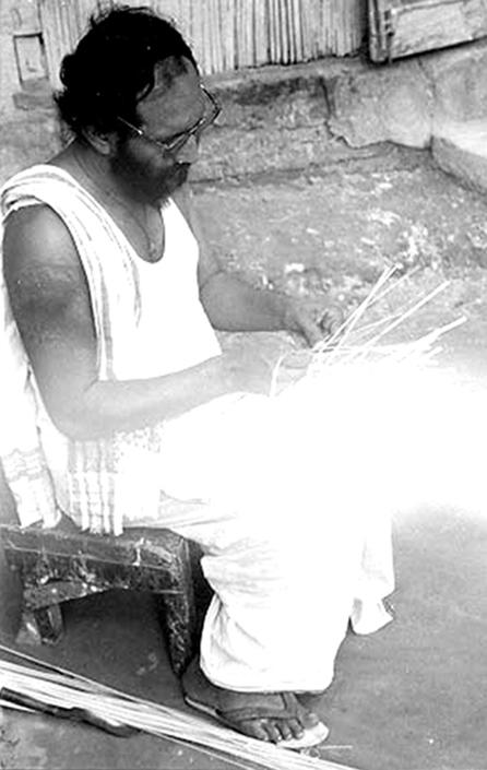 04 Hemchandra Goswami Making Mask in Majuli