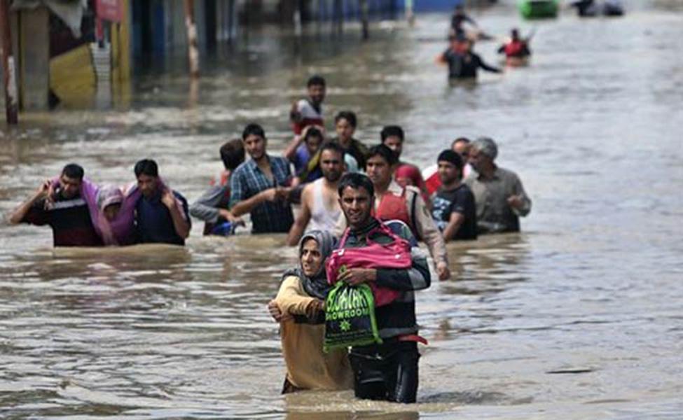 Flood In Kashmir Short Essay Topics - image 7